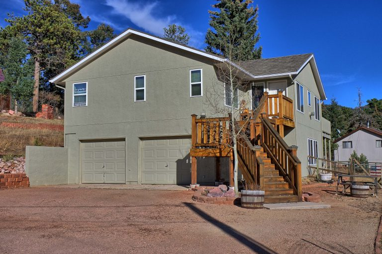 example of home style in woodland park in Colorado Springs